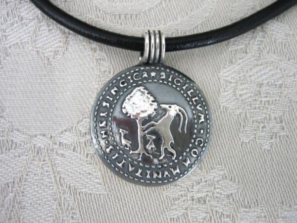 Hälsinglands landskapssigill - silversmycke i äkta silver - handgjorda silversmycken från Brokig silversmycken