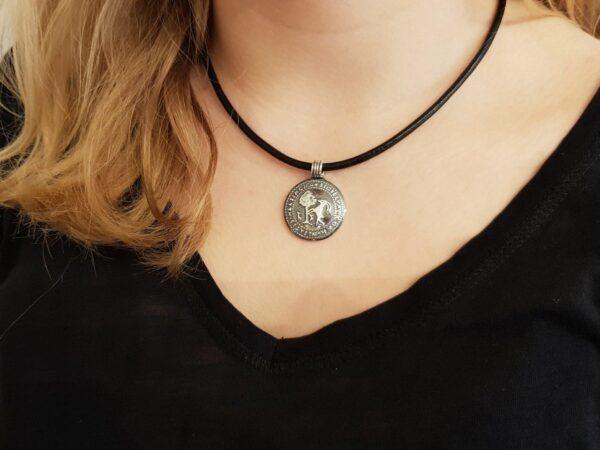 Hälsinglands-landskapssigill-hals - silversmycke i äkta silver - handgjorda silversmycken från Brokig silversmycken
