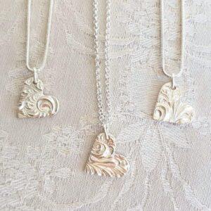 Mönstrat hjärta - silversmycke i äkta silver - handgjorda silversmycken från Brokig silversmycken